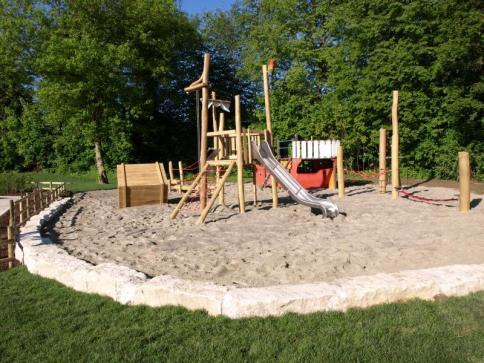 Sand- und Matschspielplatz